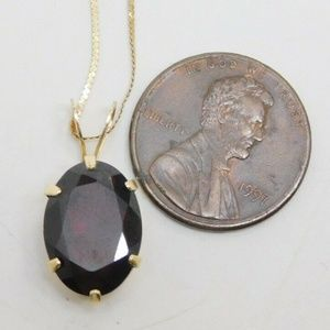 Real 14k Oval Red Garnet Solitaire Pend necklace